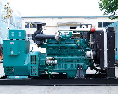 泰州观音山县泰豪300kw大型柴油发电机组